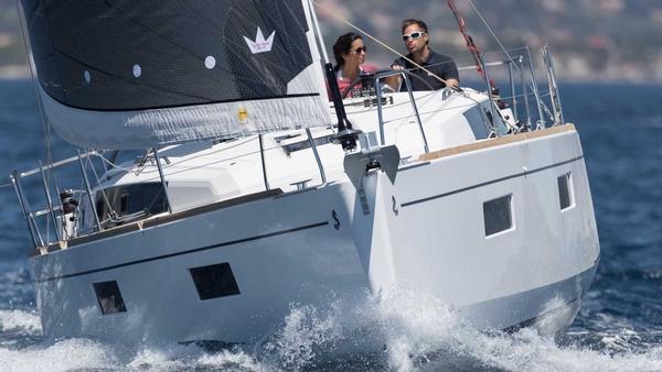 Beneteau Sail Oceanis 38.1