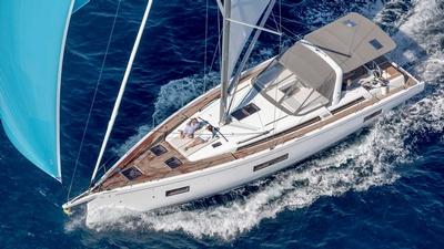 Beneteau Sail Oceanis Yacht 54